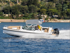 Power boating on a Axopar 24TT in Jersey.  Gift Vouchers available